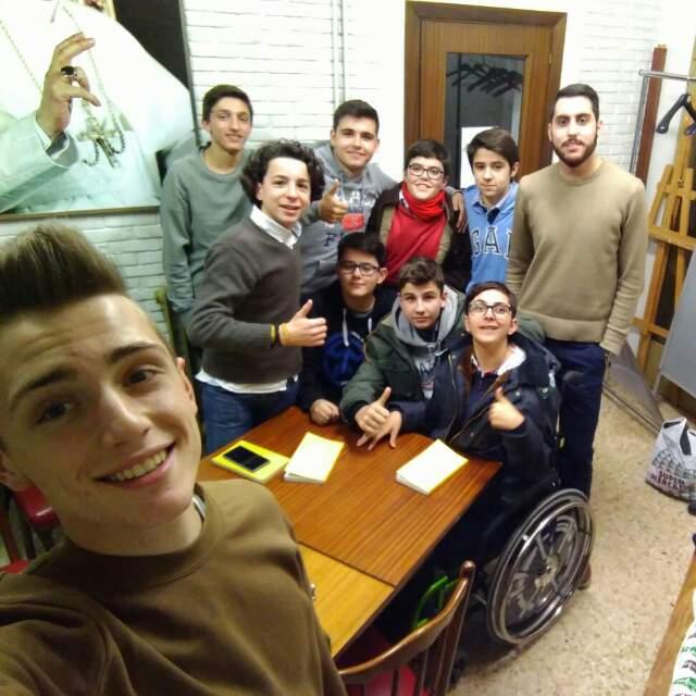 22 Jóvenes ratifican su fe con la Confirmación